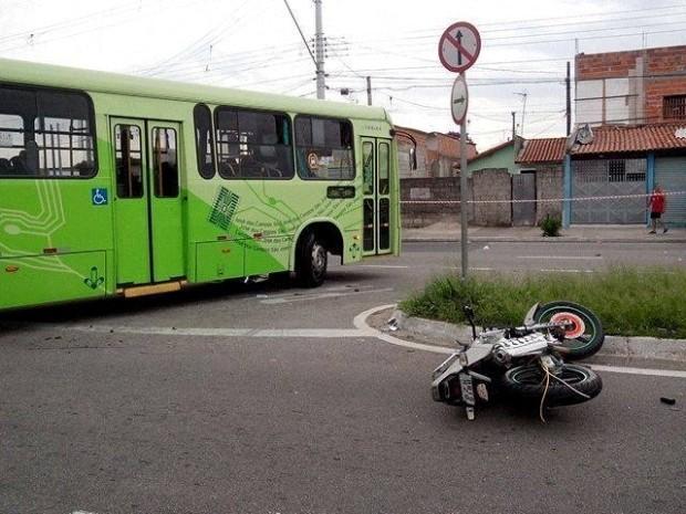 onibus_acidente_sjc