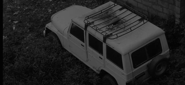 abandoned-mahindra-suv(Jeep)-f5.jpg